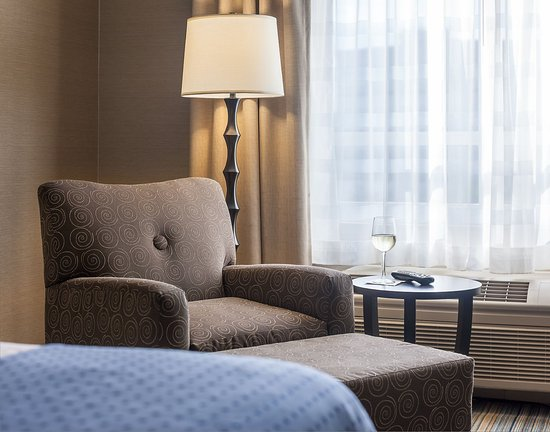 Holiday Inn Hartford Downtown Area: King Bedded Guest Room