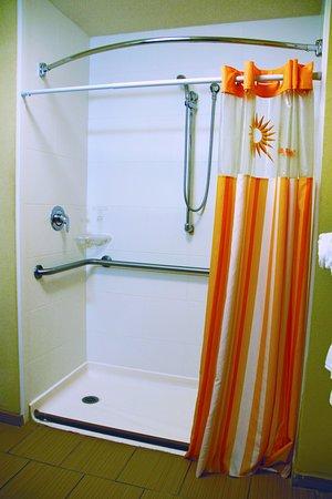 เพคอส, เท็กซัส: Bathroom