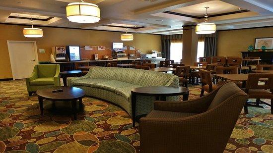 Montgomery, NY: Lobby Lounge