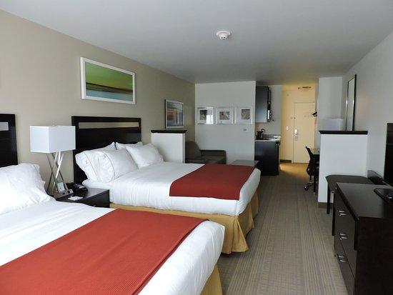 Montgomery, Nova York: Double Queen Suite