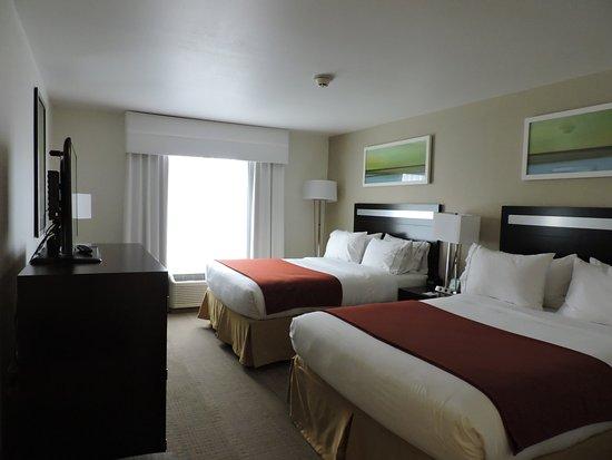 Montgomery, NY: Double Queen Room