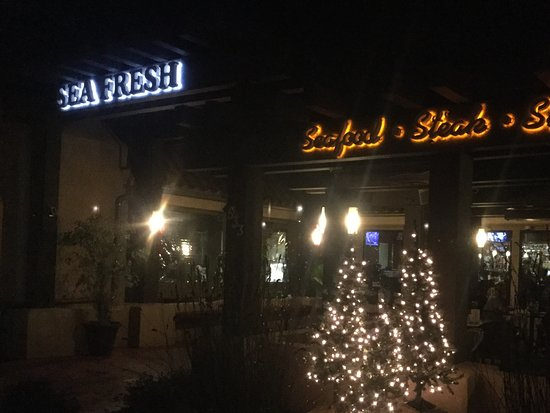 Ojai, Californien: Outside restaurant