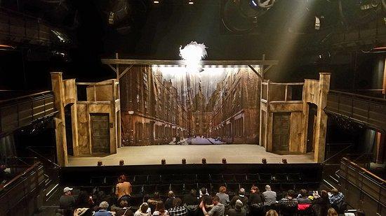 Goodman Theatre: Twist Your Dickens!