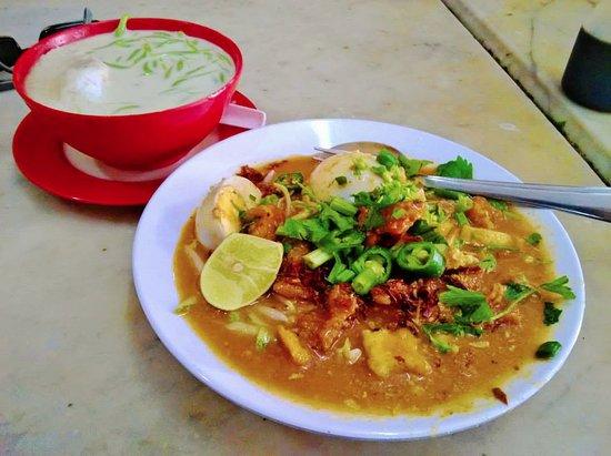 Teluk Intan, Malezja: Cendol and Rojak Pasembor at Mastan Ghani. A unique recipe.