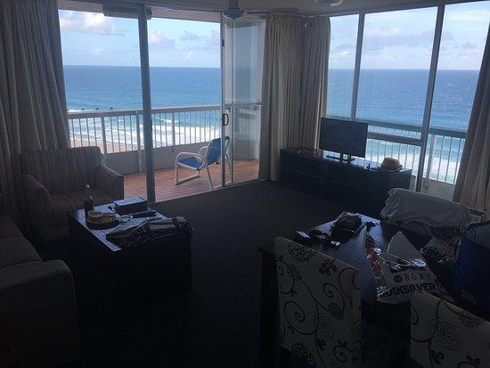 International Beach Resort: Great view. Rooms ok. Fridge absolutely disgusting
