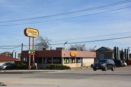 Benbrook, TX: Chicken Express