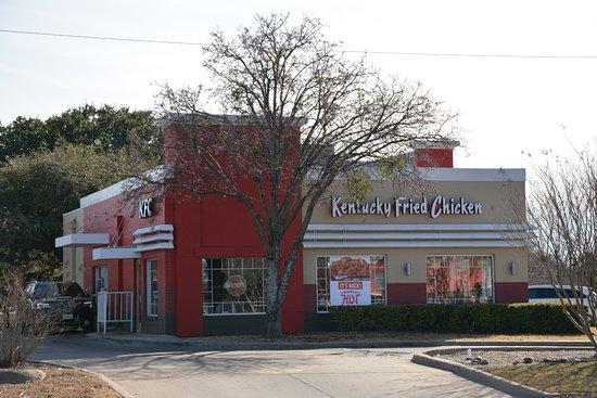 Benbrook, TX: KFC