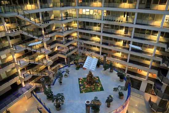 H+ Hotel Leipzig: Blick aus dem Fahrstuhl