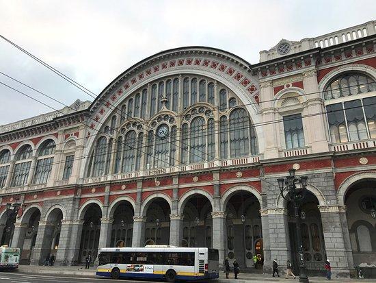 Stazione ferroviaria verona porta nuova picture of - Stazione verona porta nuova indirizzo ...