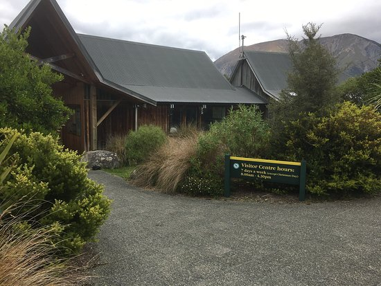 ‪Nelson Lakes Visitor Centre‬