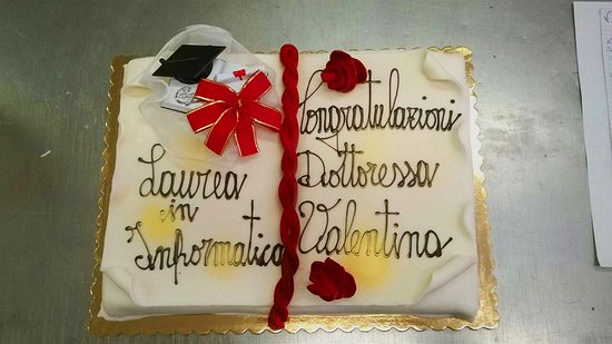 Costalpino, Italia: Torta Laurea