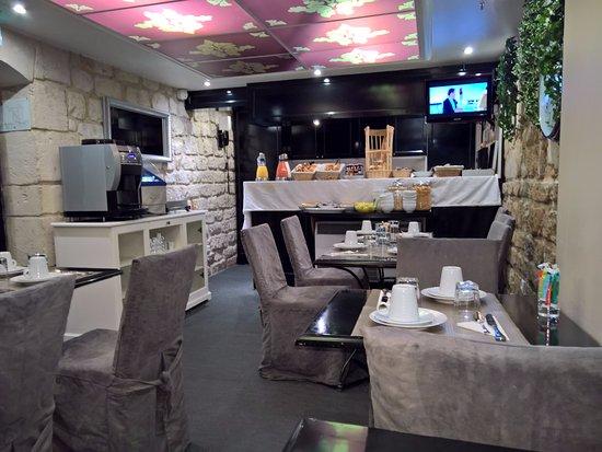 Hotel Etoile Trocadero: Dining area