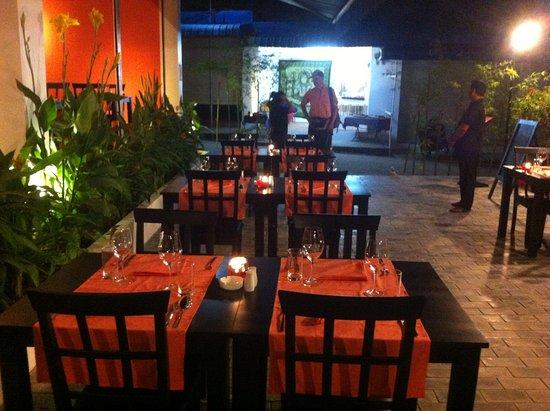 Terrasse fleurie - Picture of Taboo Restaurant, Sihanoukville ...