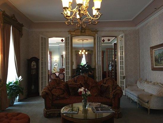Batcheller Mansion Inn: photo1.jpg