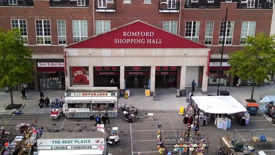 ‪Romford Shopping Hall‬