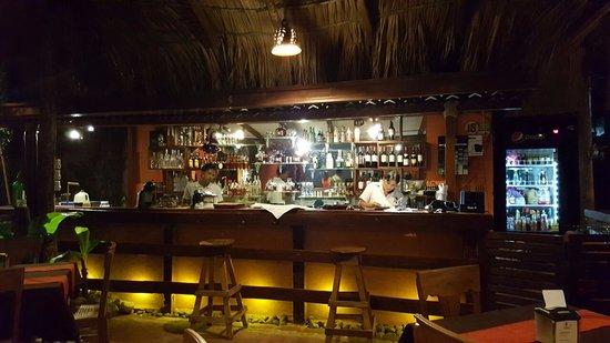 Asados El Corral: Bar.