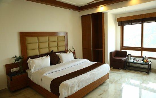 Hotel Devlok Primal