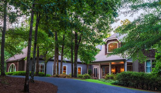 Pursell Farms : 8 bedroom Parker Lodge with majestic views over FarmLinks hole number 17