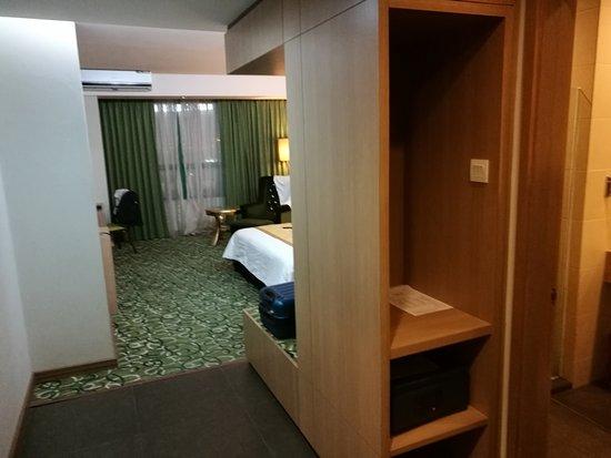 Hotel Aifa Labuan: IMG_20161201_194316_large.jpg