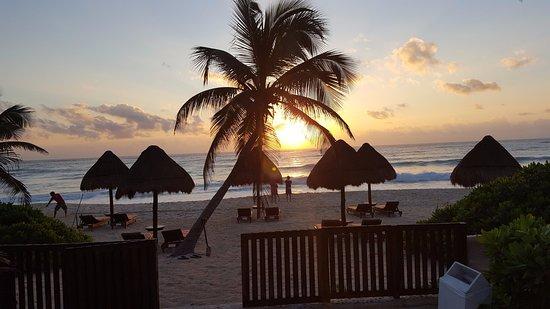 Hotel CalaLuna Tulum: Lever de soleil au Calaluna !