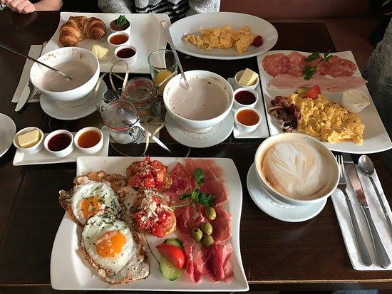 Vorstadt-Cafe: Toscana, Classic, Good Morning breakfast