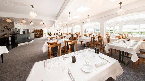 สเตจ, เดนมาร์ก: Restauranten med bar