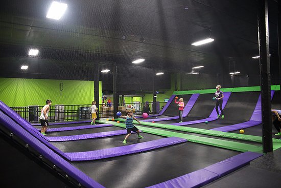 Action City: Trampoline Park dodgeball