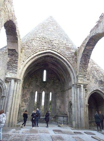 Ennis, Ireland: Clare Abbey