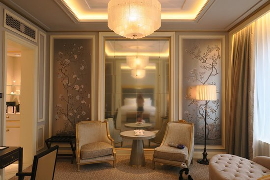 Elegant, Luxurious Stay