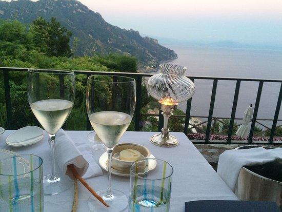 Rossellinis Restaurant: Beautiful view