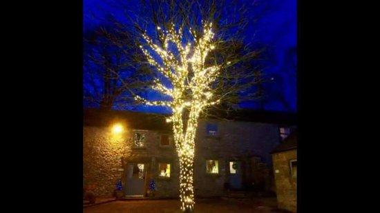 Over Haddon, UK: The Courtyard at Haddon Grove