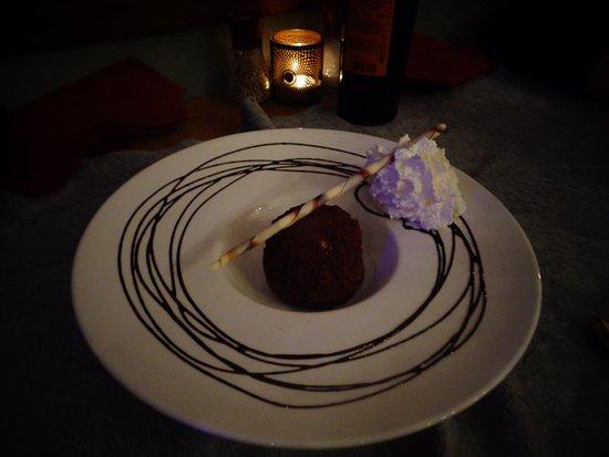 Il Trulletto: Dessert succulant et super bien présenté
