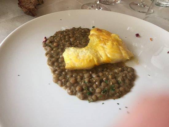 Bogliasco, Italy: trancio di rombo e lenticchie