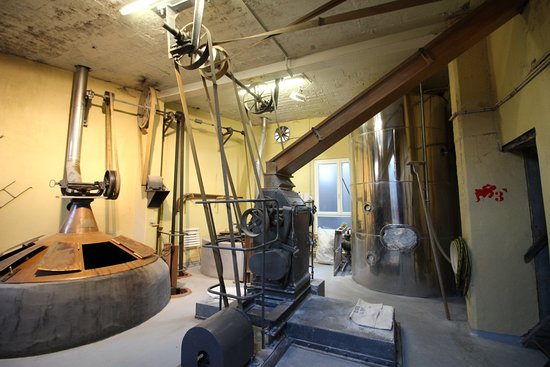 Mill and boil kettle - Picture of Cantillon Brewery, Brussels