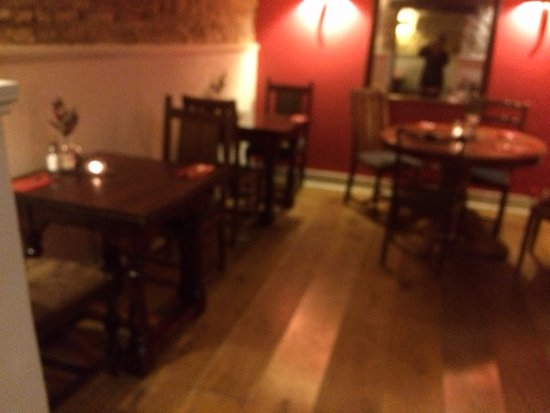 Charlbury, UK: another section of the pleasant dining area