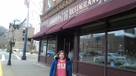 Red Wing, MN: Libertys Restaurant & Lounge