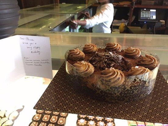 Gerard Mendis Chocolatier : Bday Cake