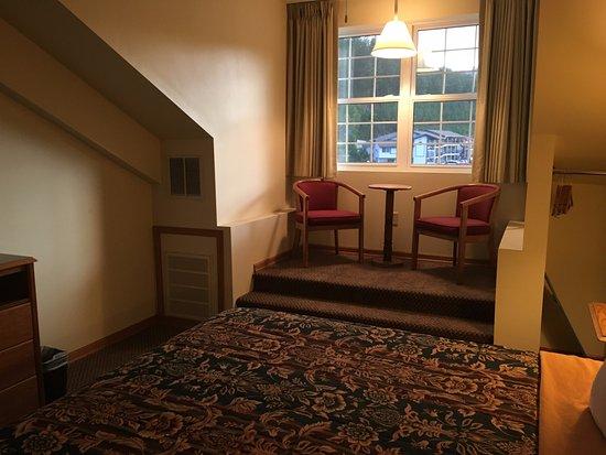 Roosevelt Inn Photo