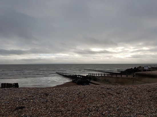 Felpham, UK: Pebble beach
