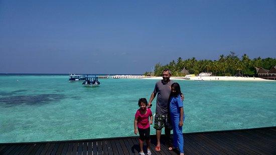 Thulhagiri Island Resort: Ready for Beach