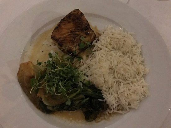 Sundy House : Black Cod - should have ordered two for a complete meal!