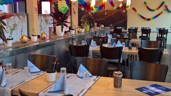 zhi wei chinesisches restaurant take away rapperswil restaurant bewertungen. Black Bedroom Furniture Sets. Home Design Ideas
