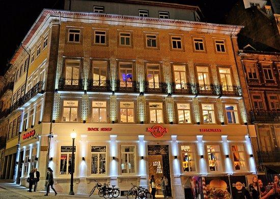Hard Rock Cafe: facade 2