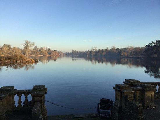 Hever, UK: The Lake
