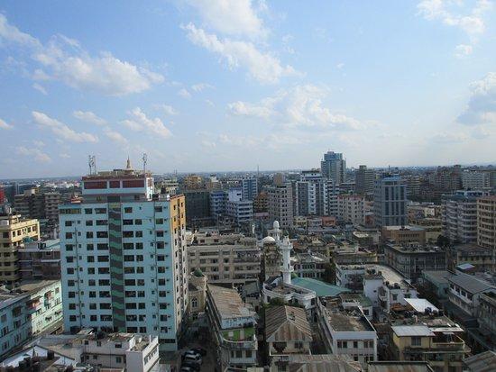 Tanzanite Executive Suites: Rooftop view