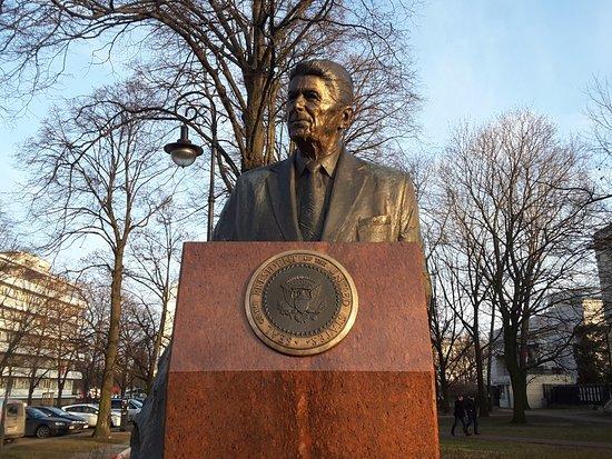 Pomnik Ronalda Reagana