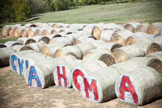 Oklahoma: Brown Ranch Hay Maze in Overbrook