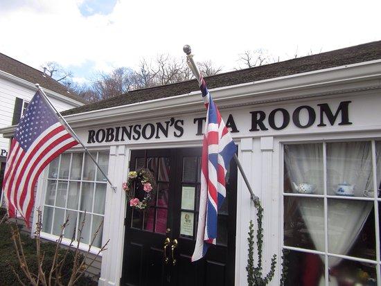 Robinson's Tea Room: photo0.jpg