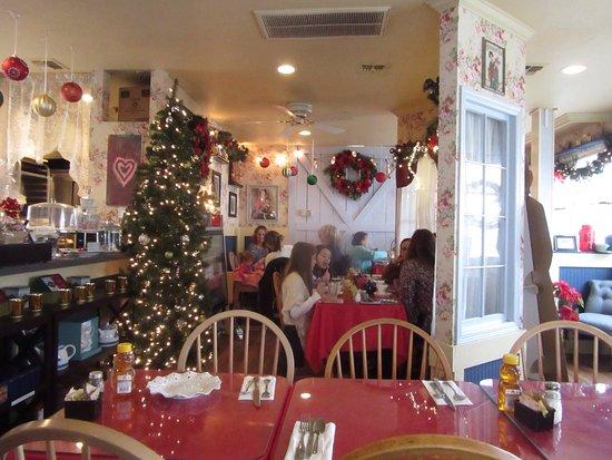 Robinson's Tea Room: photo2.jpg