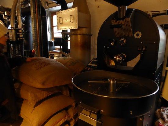 Glonn, Deutschland: Kaffee-Rösterei mit Kaffee-Ausschank